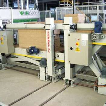 AUTOMATIC ELEVATORS FOR PANEL SAW UNLOADING